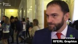 Роман Каптєлов: я так розумію, депутат взагалі не повинен мати бізнес
