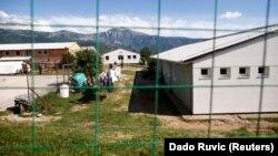 Kamp i refugjatëve afër Mostarit në Bosnje-Hercegovinë.