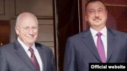 Arxiv foto: ABŞ-ın vitse-prezidenti Dick Cheney Bakıda prezident İlham Əliyevlə görüşür. 3 sentyabr 2008