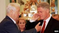 Boris Jelcin i Bill Clinton, 1998