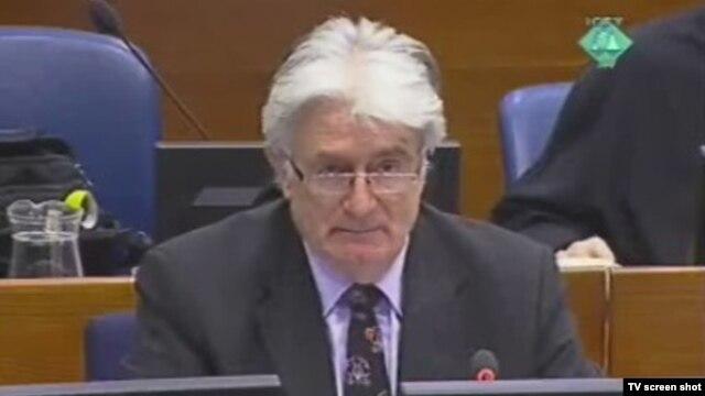 Radovan Karadžić u sudnici, 2012.