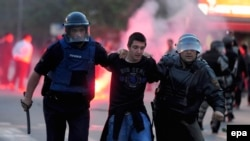 Ethnic Unrest Erupts In Macedonian Capital