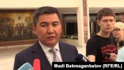 Министр образования и науки Казахстана Аслан Саринжипов. Астана, 5 августа 2015 года.