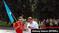 Марафон в память о Динмухамеде Кунаеве. Алматы, 22 августа 2012 года.