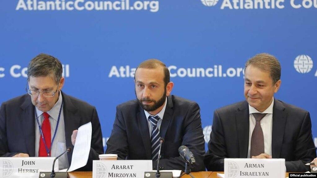 Cпикер парламента Армении выступил в Центре Atlantic Council с речью о переменах после Бархатной революции