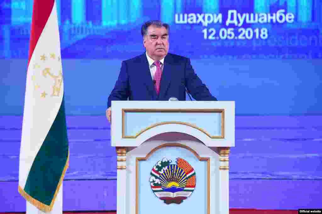 Эмомалӣ Раҳмон, раиси ҷумҳури Тоҷикистон