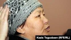 Айнагүл Бекебаева үкіметтік комиссия мүшелерімен кездесуде сөйлеп тұр. Ақтау, 24 желтоқсан 2011 ж.