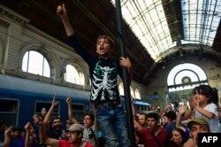 Protest al imigranților, gara Keleti din Budapesta, 1 septembrie 2015