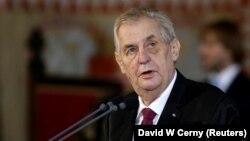 Президент Чехії Мілош Земан заявив, що його країна у 2017 році виробила в невеликій кількості та знищила нервово-паралітичну речовину