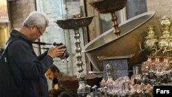 بازار اصفهان با قدمتی بیش از چهار قرن یکی از قدیمی ترین و در عین حال مهمترین مراکز تجارت سنتی در ایران است.