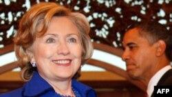 Klinton deyib ki, Obama administrasiyası bütün dünyada demokratiyaya verdiyi dəstəyi zəiflətməyəcək