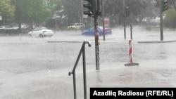 Yağış, arxiv foto