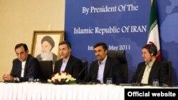 کنفرانس خبری محمود احمدینژاد در ترکیه