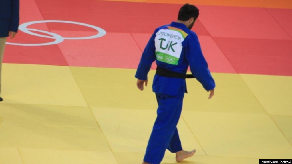 Сомон Махмадбеков и Комроншох Устопириён выступят на Grand Slam Hungary 2020