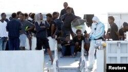 Италия кабыл алуудан баш тартып жаткан мигранттар. 22-август, 2018-жыл.