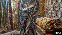 صادرات سنتی ایران به آمریکا فرش همراه پسته و خشکبار است