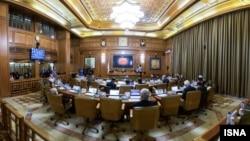 اصلاحطلبان در انتخابات روز ۲۹ اردیبهشت شوراهای اسلامی شهر و روستا توانستند در قالب «لیست امید» تمام کرسیهای شورای مهم پایتخت را از آن خود کنند
