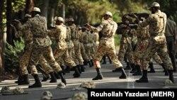 Trajnimet ushtarake, Teheran