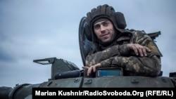 Украинский солдат в Донбассе (архивное фото)