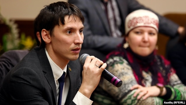 Tatarstan -- Tatar youth discuss the state of their mother tongue at an event hosted by RFE/RL'sTatar-Bashkir Service and the Tatar Youth Forum