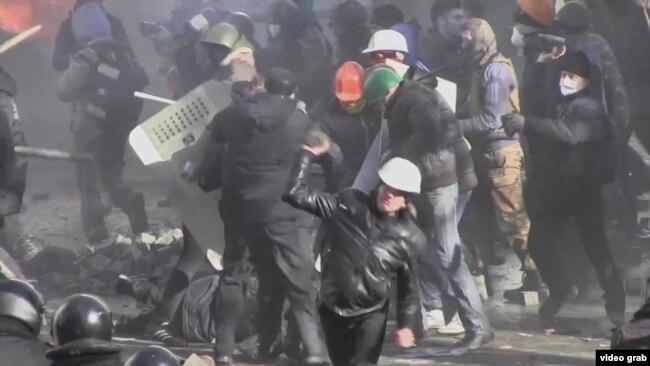 Расстрел демонстрантов в Киеве в 2014 году