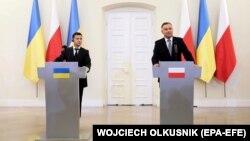 Президент України Володимир Зеленський (л) та президент Польщі Анджей Дуда (п), Варшава, 31 серпня 2019 року