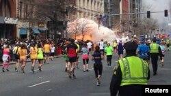 Бостон марафоны кезіндегі жарылыс. АҚШ, 15 сәуір 2013 жыл.