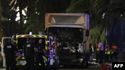 راننده کامیون به ضرب گلوله پلیس کشته شد.