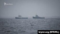 Український буксир «Яни Капу» біля порту Очакова