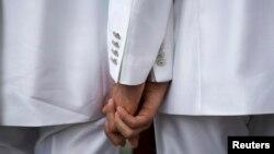 Stroga zatvorska pravila ne predviđaju bračnim partnerima boravak u istoj jedinici