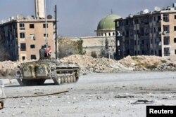 28 ноября, БМП армии Асада в одном из отбитых у оппозиции районов Алеппо