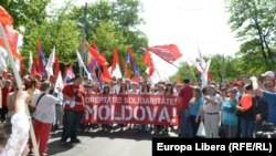 Moldova, Communists 1st of may rally in Chisinau