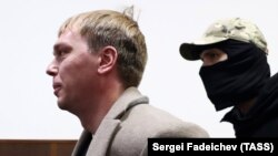 Investigative journalist Ivan Golunov (left) was arrested in Moscow last year for allegedly attempting to sell illegal drugs, a move that sparked a public outcry.