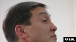 Бауыржан Смагулов, начальник Карагандинского управления охраны окружающей среды, свидетельствтует на суде над бывшими руководителями министерства экологии.