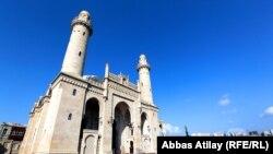 Мечеть Таза Пир в Баку, при которой находится и Управление мусульман Кавказа