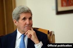 ABŞ-nyň döwlet sekretary Jon Kerri