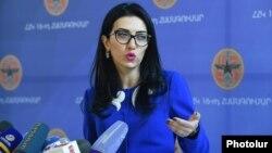 Արփինե Հովհաննիսյան, արխիվ