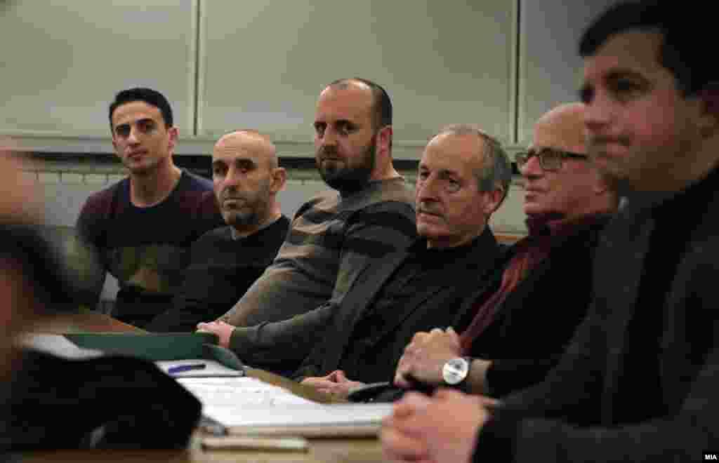 МАКЕДОНИЈА - Во Кривичниот суд почна рочиштето за случајот Монструм за петкратното убиство кај Смилковското езеро во 2012 година. Судењето почнува од почеток бидејќи предметот го презеде Специјалното јавно обвинителство.