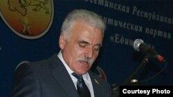 Зураб Кокоев после громкого провала возглавляемой им партии «Единство» на парламентских выборах 2012 года не был заметен в политической жизни республики. Фото: osinform.org