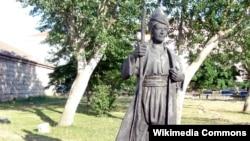 Yunus Əmrənin İstanbulda heykəli