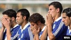 هفته پیش تیم استقلال اهواز اعلام کرد که به دلیل مشکلات از لیگ برتر کناره گیری می کند.