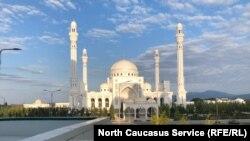 Мечеть в Шали, Чеченская республика