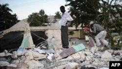 Гаити, Порт-о-Пренс, январь 2010 г.