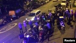 Реакција на британската полиција по еден од синоќешните напади во Лондон.