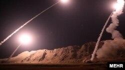 Ракетный обстрел Ирана боевиков в Сирии. 1 октября 2018 года.