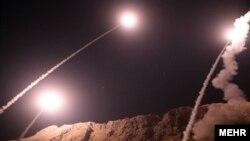 Raketa e nisura nga Garda Revolucionare e Iranit në Siri.