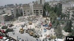 اين ساختمان هفت طبقه که در منطقه سعادت آباد تهران واقع شده بود به طور کامل تخريب شده است.(عکس: فارس)