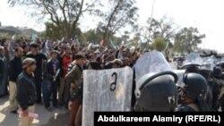 قوات الأمن تصد تظاهرة في البصرة