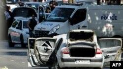 Машина, протаранившая полицейский микроавтобус (Париж, 19 июня 2017 г.)