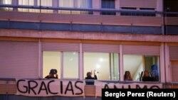 Poruke zahvalnosti i ohrabrenja zdravstvenim radnicima u Madridu
